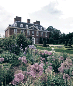 squerryes_house